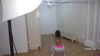 Порно Видео Гимнасток В Обтягивающих Лосинах